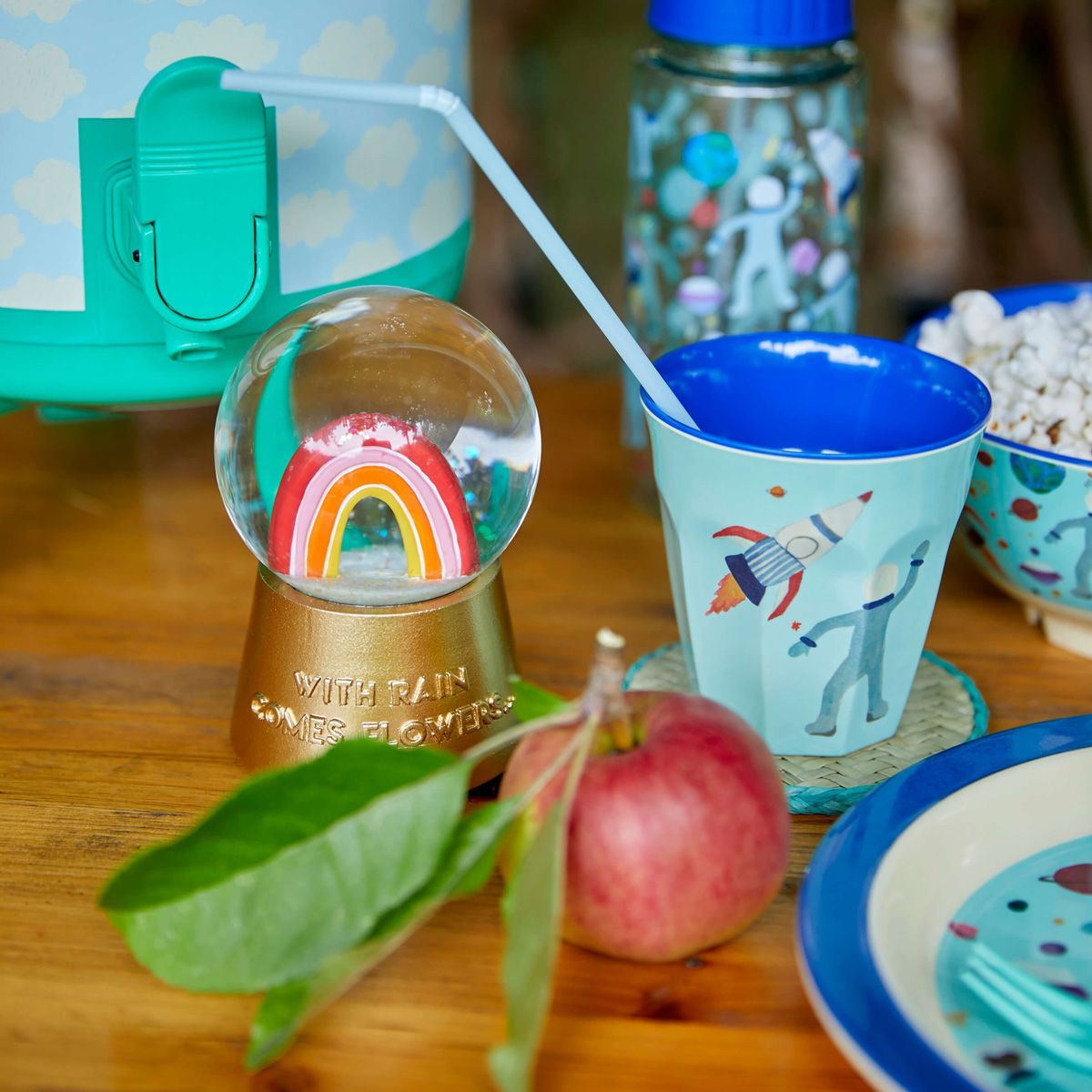 Glas Schneekugel 'You Go Girl' Regenbogen